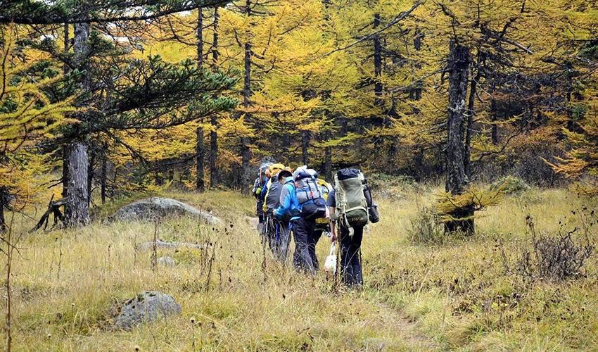 山地穿越--太白山南北三日徒步穿越