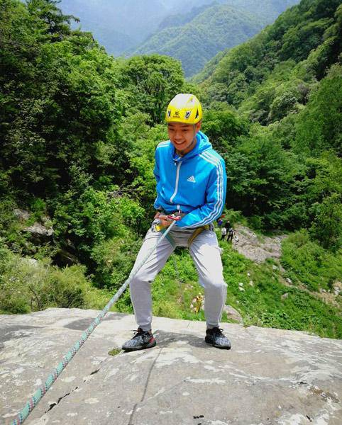 岩壁速降--水崖沟瀑布一日岩降+赏景体验